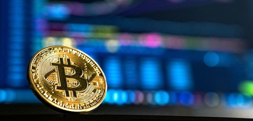 Bitcoin fluctuate and investors are bullish