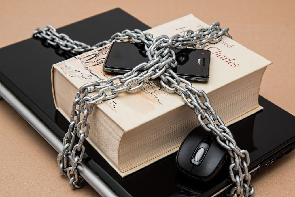 hardware wallets vs mobile phones