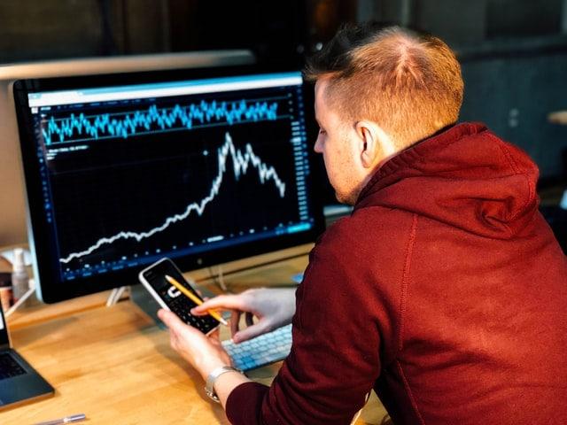 Investors behaviors bitcoin